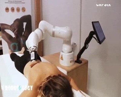 Enlace a Necesito uno de estos robots en casa para darme masajes