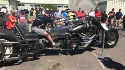 Enlace a La moto más bestia has visto nunca