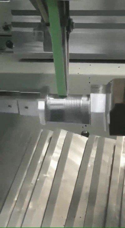 Enlace a ¿Alguna vez te habías preguntado cómo se dobla el metal?