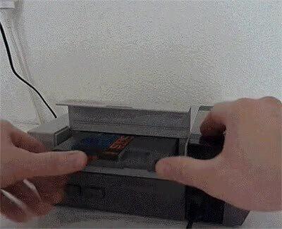 Enlace a Una NES modificada para que sea portátil