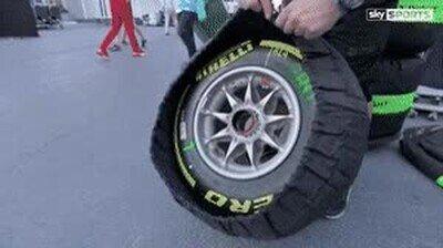 Enlace a Da gustito ver cómo se guardan estas ruedas en la funda