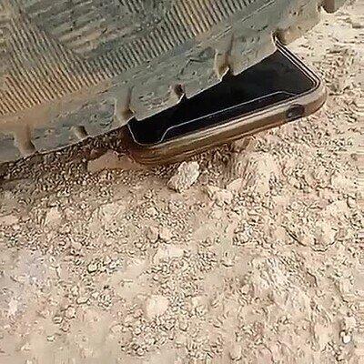 Enlace a Si fuera mi móvil seguro que se habría roto