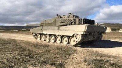 Enlace a ¿Habías visto alguna vez un tanque disparando en la vida real?