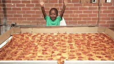 Enlace a Cuando vuelves de casa con toda la compra de Pizza para toda la semana