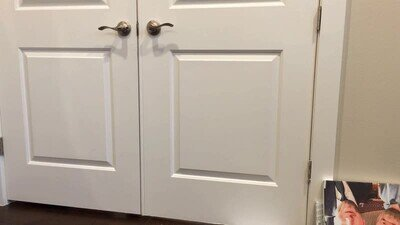 Enlace a Gatos que han aprendido a abrir la puerta de casa