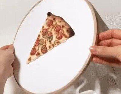 Enlace a Pizza brodada, hasta tiene hilos para el queso