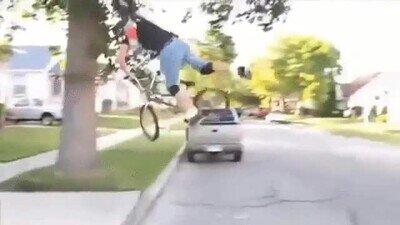 Enlace a Haciendo BMX en medio de la cuarentena