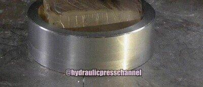 Enlace a Presa hidráulica aplastando gel