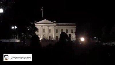 Enlace a No hay nada que de más miedo que ver cómo se apagan las luces de la Casa Blanca