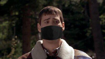 Enlace a Cuando te pones la máscara por la mañana y hueles tu propio aliento mañanero
