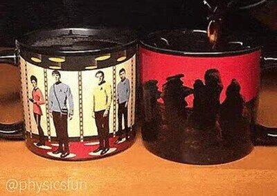 Enlace a Los fans de Star Trek adorarán estas tazas y su efecto teletransportador