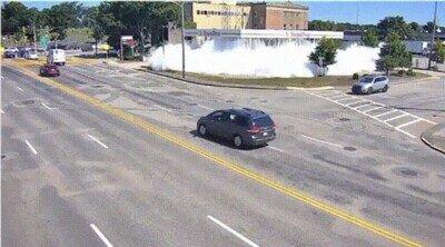 Enlace a Esto es lo que sucede cuando una gasolinera activa por error el mecanismo anti incendios