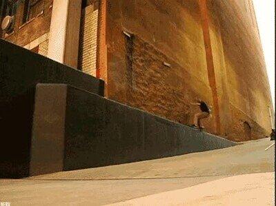Enlace a Un truquito con el skate que sale mal