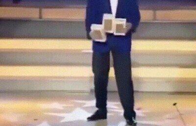 Enlace a ¿Cómo demonios hace este truco con las cajas?