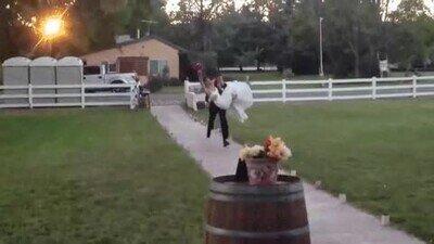 Enlace a Un final de boda que nadie esperaba