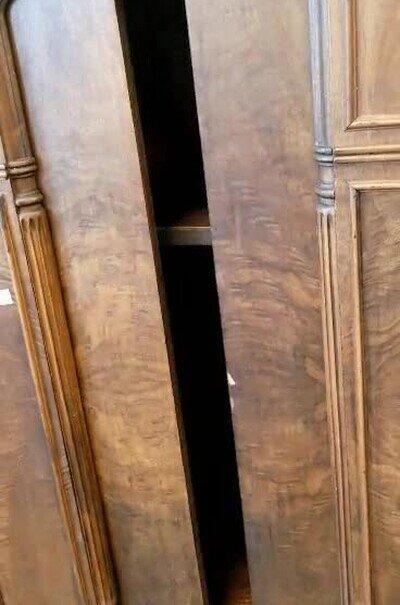 Enlace a Armarios que se abren como una puerta de ascensor