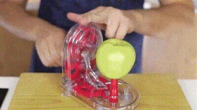 Enlace a La satisfacción de ver el resultado del pelador de manzanas en funcionamiento