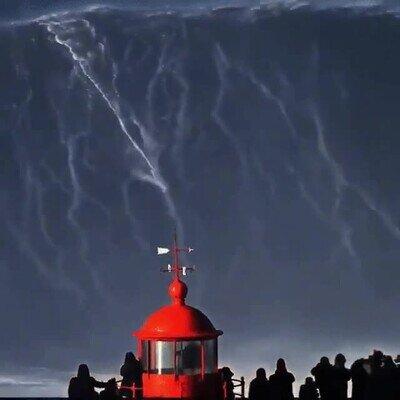 Enlace a La ola más monstruosa que he visto en mi vida