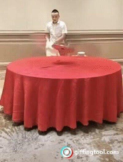 Enlace a Un maestro ninja pone la mesa de esta forma tan única