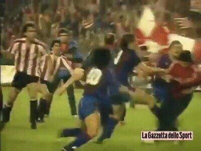 Enlace a Maradona estuvo en una de las peleas más bestias de La Liga