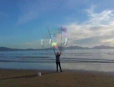 Enlace a Una burbuja tan grande que parece cosa de magia