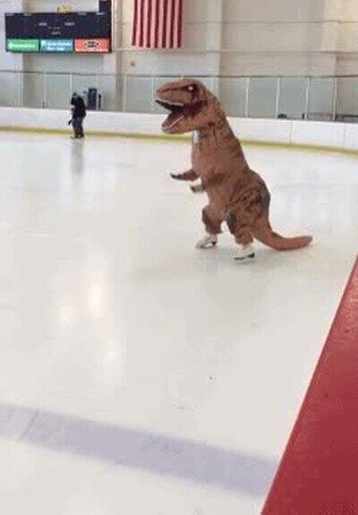 Enlace a Lo que haría un dinosaurio en una pista de hielo