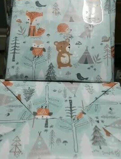 Enlace a Te he pilldo mirando los regalos