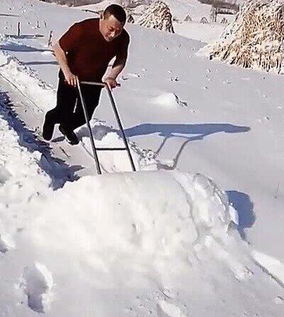 Enlace a Es un campeón en el arte de limpiar nieve