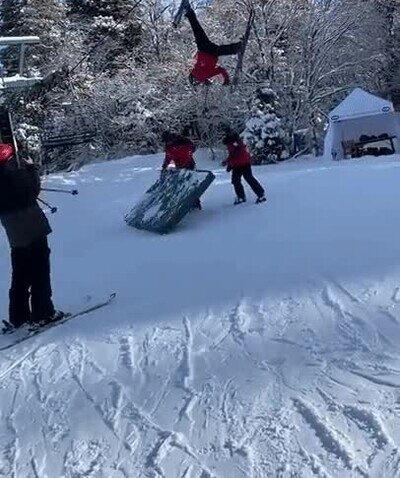 Enlace a Ven a esquiar. Será divertido, decían