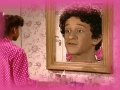 Enlace a Descansa en paz, Screech