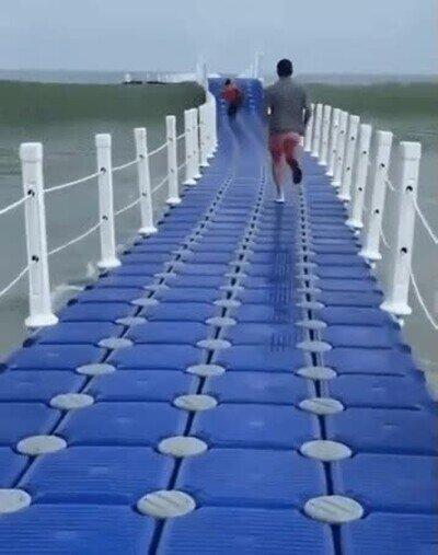 Enlace a Correr sobre las olas puede suponer un reto