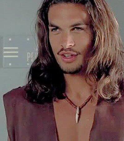 Enlace a No se puede ser más guapo que Jason Momoa cuando tenía 25 años