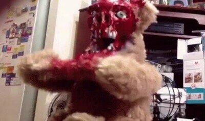 Enlace a Un oso de peluche con el que tendrás pesadillas