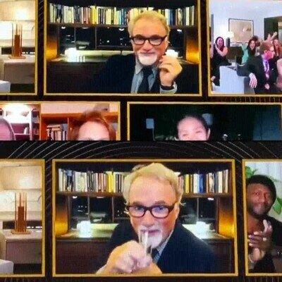 Enlace a David Fincher tomando chupitos por cada derrota de Mank en los Globos de Oro