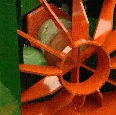 Enlace a Una máquina hidráulica para partir troncos