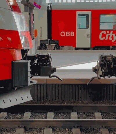 Enlace a Así se enganchan los vagones de los trenes