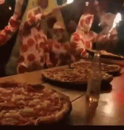 Enlace a Necesito una fiesta con temática pizzera