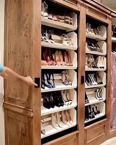 Enlace a El sueño que tiene todo el amante de los zapatos