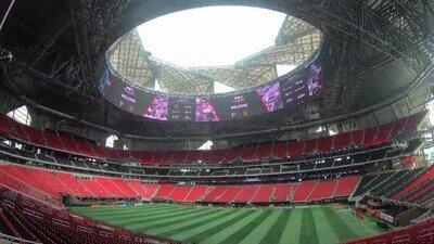 Enlace a El Mercedes Benz Stadium es simplemente una pasada