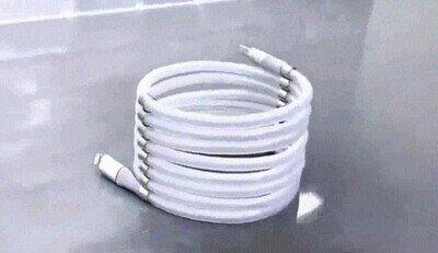 Enlace a Una fantasía de cable que se recoge solo