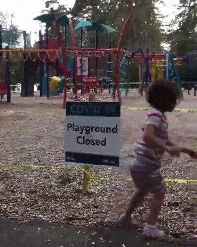 Enlace a A los niños no les gusta que hayan cerrado los parques