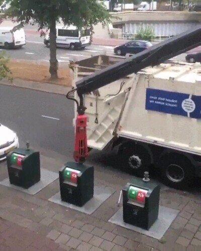 Enlace a El sistema de recogida que basuras que tienen en Holanda