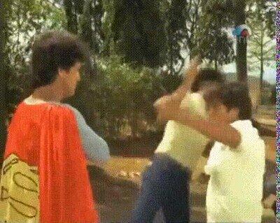 Enlace a Ojalá Henry Cavill haciendo esta pelícual de Superman