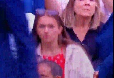 Enlace a Ha pasado algo extraño entre el público de Wimbledon