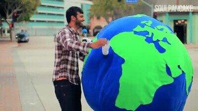 Enlace a El planeta cada vez que tiras algo en la papelera