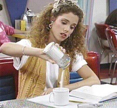 Enlace a Todos conocemos  a alguien que se pasa con el azúcar en el café