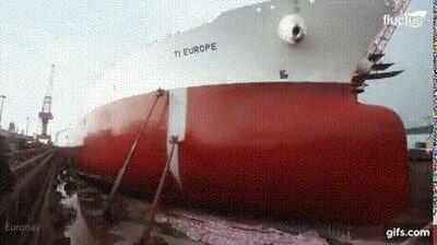 Enlace a Da un montón de gustito ver cómo se pinta el barco