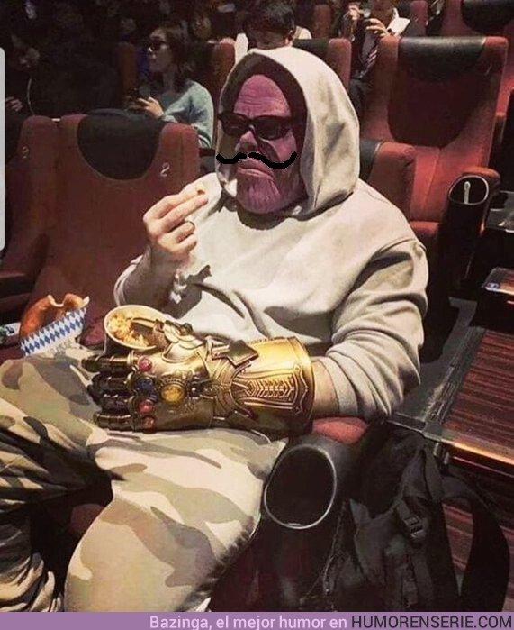 37557 - Pillan a Thanos de incógnito antes de ver Endgame