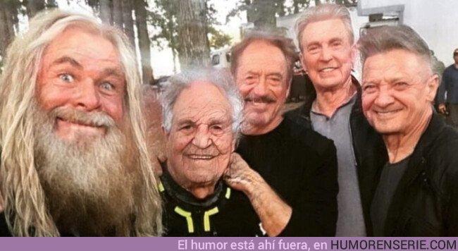 40280 - Los protas de Avengers pasados por el filtro viejuno
