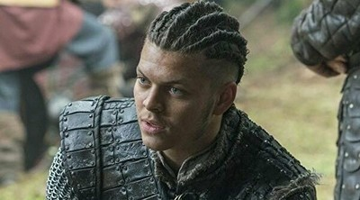 41633 - Ivar de 'Vikings' hace un genial guiño a La Casa de Papel